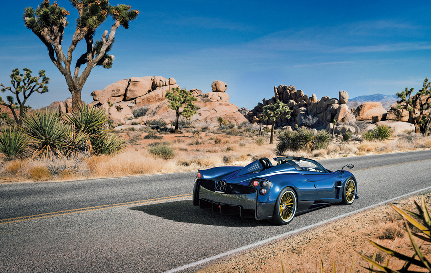 Huayra Roadster on the road