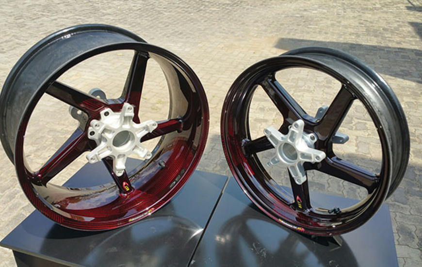 From South Africa The New Carbon Fiber Motorcycle Wheels